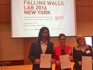 DBMI Research Associate Oren Miron won first place for his three-minute pitch at Falling Walls Lab of New York, describing how he plans to break the wall of autism